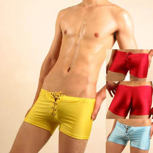 <span class='box1'> <BR>※男性內衣品牌之一,專業設計製造一系列男士內衣褲。<br /><BR>※品牌直營,價格最優惠。<br /><BR>※設計師款,兼具功能性與時尚性的設計風格與品味。 <br /><BR>※讓你的重要部位既性感又可展現男人魅力,您一定要試試!<br /> <BR>※材質:棉/氨綸/錦綸/萊卡<br /><BR><BR>洗滌方式: <BR>◎ 請用手輕揉,禁止浸泡。 <BR>◎ 請勿加入漂白水。 <BR>◎ 不可用力擰乾。 <BR>◎ 請置於陰涼處晾乾。 <BR>◎ 請勿高溫熨燙。 <BR><BR><br /><P><IMG height=192 src='http://www.uut.idv.tw/images188/MENS-1.GIF' width=602 border=0></P><BR><br /><br />                 <br />            &nbsp;                     </span>:&nbsp;【MENS UNION】 男內褲-紅(M)