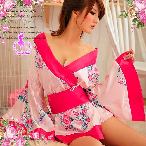 粉色漣漪!二件式絕美和服組