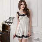 大尺碼Annabery黑蕾絲肩帶奶白二件式柔緞睡衣