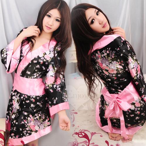 浪漫櫻花!迷惑女人香和服三件組